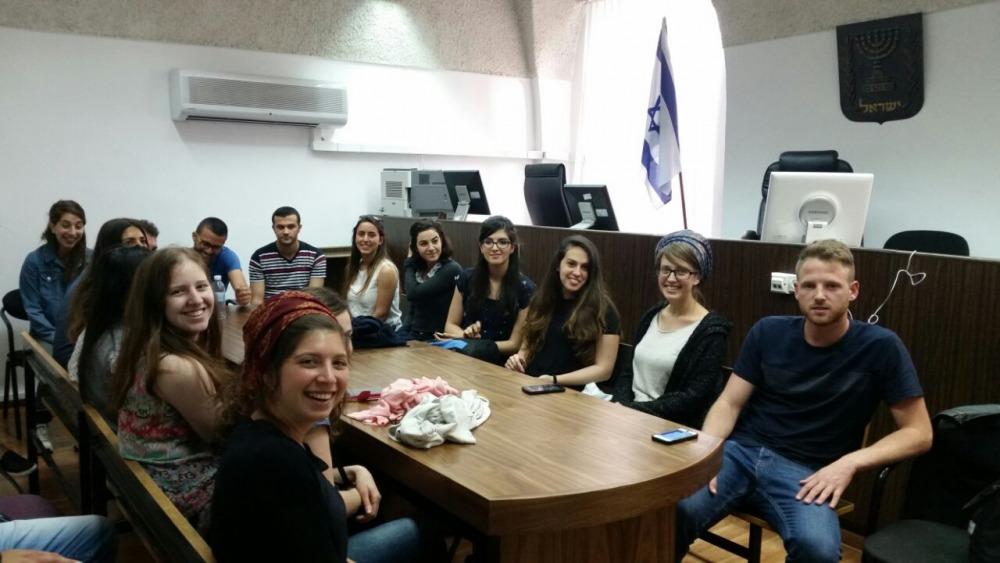 ביקור בבית משפט השלום בירושלים ושיחה עם כבוד השופט אביטל חן נשיא בית המשפט ולשעבר שופט נוער